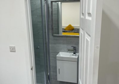 bathroom-room-3-property-leicester
