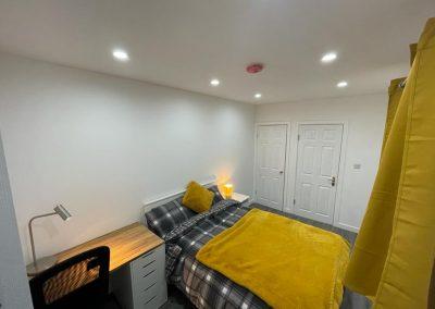 Room-2-interior